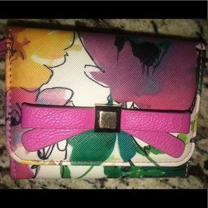 Handbags - Floral Tri-fold Wallet